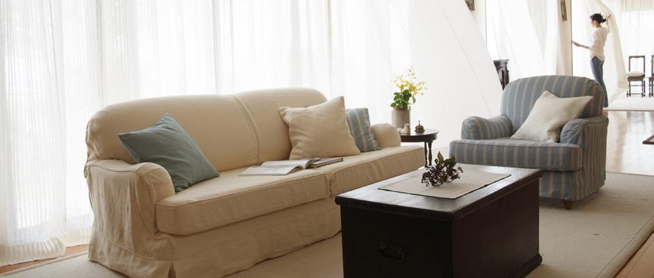 Sofa | ColonialCheckは豊富な生地揃えでオーダーソファ、生地の張替えなどのご注文を承っております。お見積りは無料です。