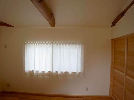 白井邸 寝室1