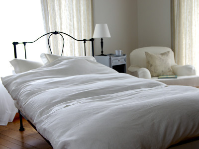 Buttoned-Comforter-Case_white