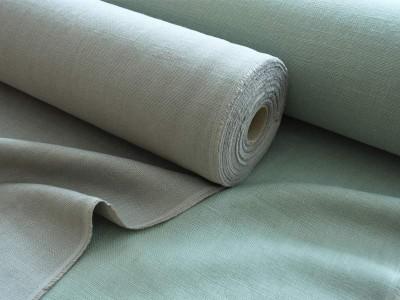 リベコ社のナチュラルズシリーズの新色。乾いたセメント色のNaturals Sementと霧を思わせるグレイッシュなミントグリーンのNaturals Mist。