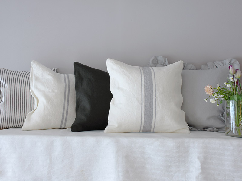 cushion-grey