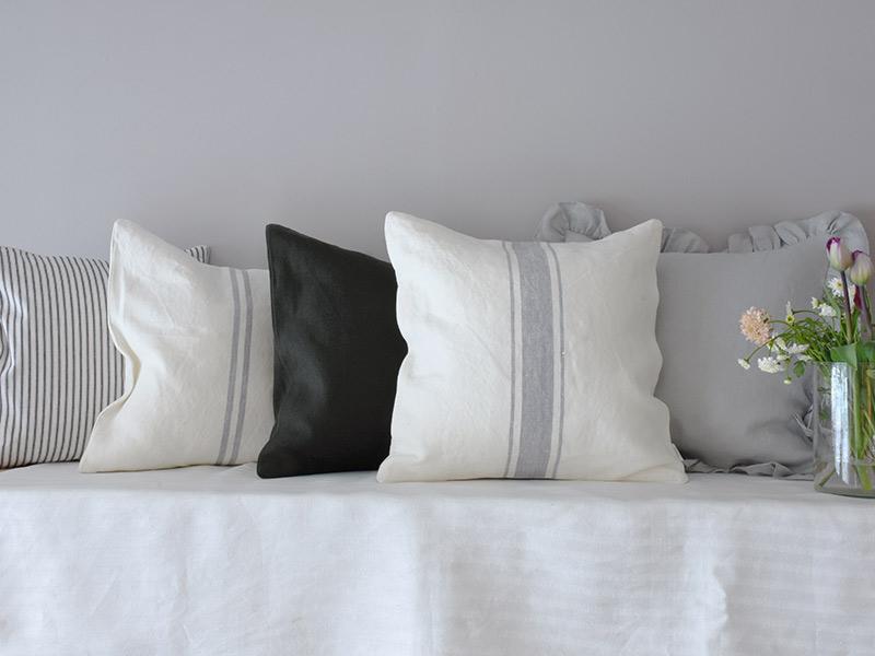 cushion-grey